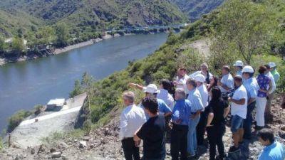Schiaretti confirmó que el puente del lago comenzará a construirse en febrero