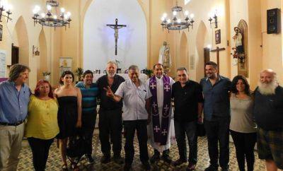Misa por la paz social y el diálogo en una parroquia de Merlo