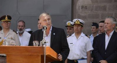 """Oscar Aguad: """"Es una tragedia que nos enluta a todos"""""""
