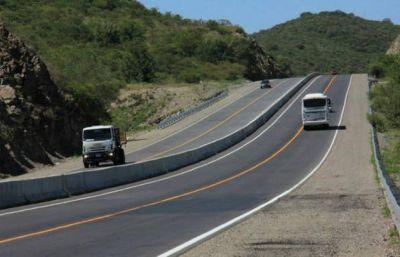 Sigue la obra de la autovía que cruzará el lago San Roque