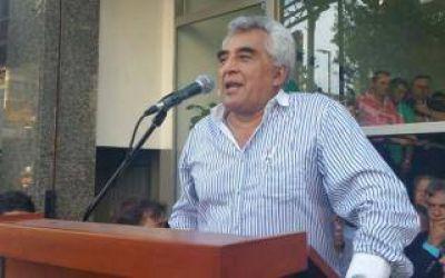 Guincheros anuncian medidas de fuerza en el sector arenero de la Provincia