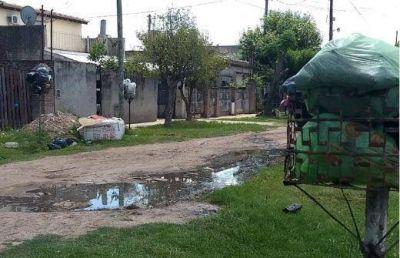La basura se acumula en barrio San Cayetano y la empresa Trébol , ¿dónde está?