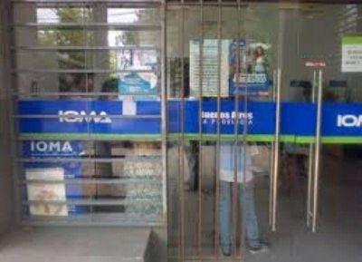 Médicos dejarán de atender a afiliados al IOMA