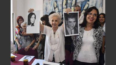 La nieta 127 es hija de una pareja de militantes Montoneros desaparecidos
