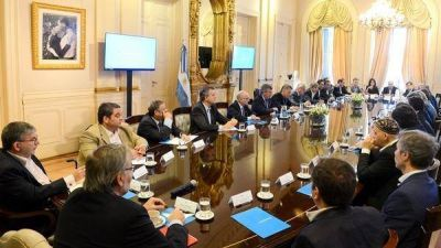 Un gabinete con muchos ministros y un poder vertical