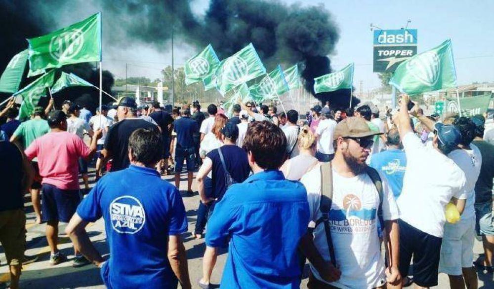 Más de 200 despidos en Fabricaciones Militares de Azul
