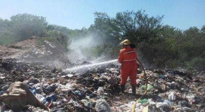 Los basurales no paran de quemarse y de contaminar