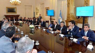El Gobierno presiona a las provincias que aún no aprobaron el Pacto Fiscal