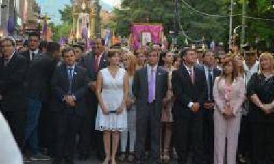 El obispo se ofreció como mediador entre provincia y Capital
