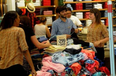 Según la UCIP, en el último fin de semana del año las ventas crecieron un 8,5%