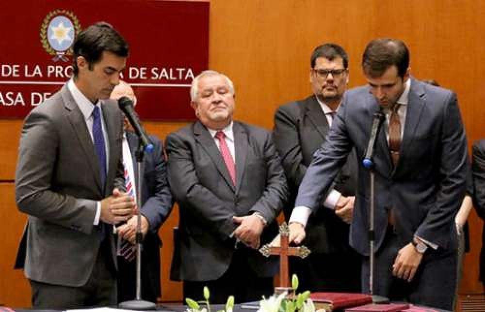 Urtubey firmó un decreto y Salta tomaría créditos por casi $2.400 millones este año