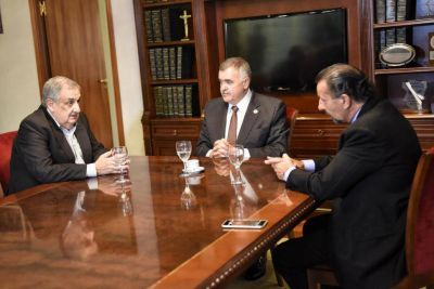 """Hay intendentes """"incapaces"""", según Ascárate"""