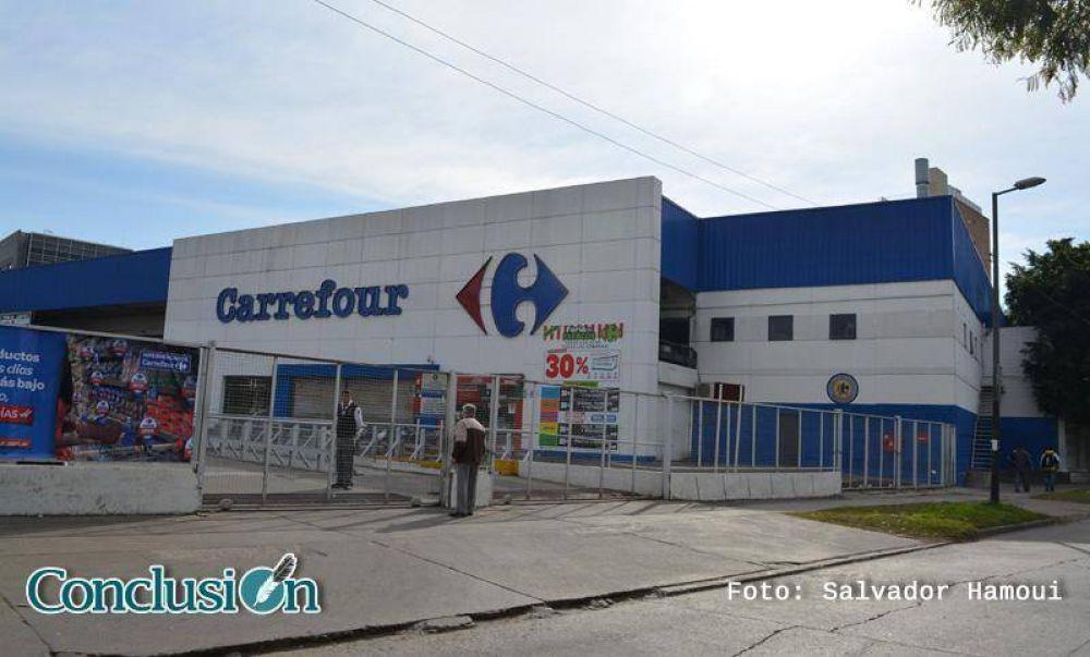 Preocupación por el posible despido de tres mil trabajadores de Carrefour