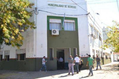 """Municipales y concejales le piden a Nedela un """"compromiso público firmado"""" para no echar trabajadores"""