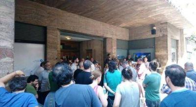 Despidos sin previo aviso en Radio Nacional