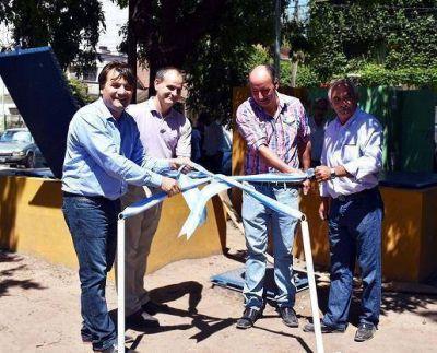 General Rodríguez y ABSA pusieron en marcha una obra en la plaza central Martín Rodríguez