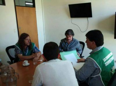 Quilmes: Abrieron una mesa de diálogo para evaluar caso por caso los municipales que se quedaron sin trabajo