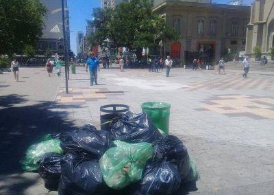 No llega la solución y se acumula la basura en las calles de Mar del Plata