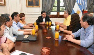 Casas recibió a la nueva comisión del círculo de periodistas deportivos