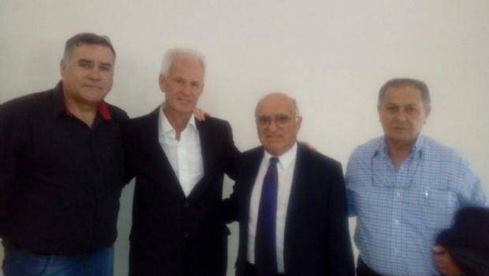 El legislador Capdevila acompañó la asunción de Mowszet como Defensor