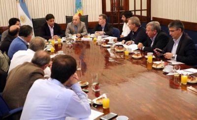 El Pacto Fiscal divide las aguas: mientras unos desafían a Vidal, otros lo piden a gritos
