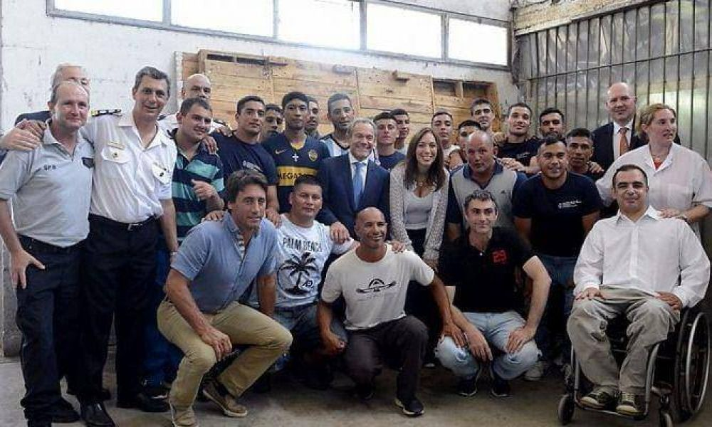 Presos hacinados deberán esperar: Vidal no construirá nuevas cárceles