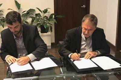 Schiaretti firmó con la ANSES el acuerdo por el déficit de la Caja de Jubilaciones