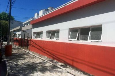 Vidal recorrió las obras en el Hospital Materno Infantil