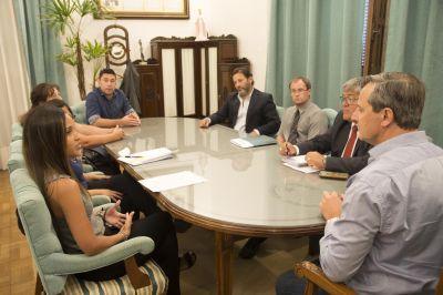 El Vicegobernador medió para alcanzar un acuerdo entre el Iosper y familiares de niños con discapacidad