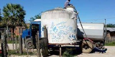 Masivos reclamos por falta de agua en los barrios