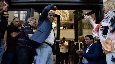 El detrás de escena del acto de Hugo Moyano: los reproches del líder camionero y la respuesta de los funcionarios