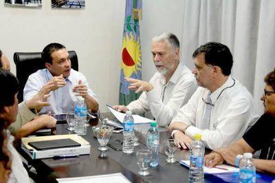 La Comuna facilitó reunión de vecinos con gente de AySA