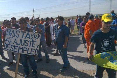 La UOCRA cortó la ruta de acceso a la planta depuradora Primera Cuenca