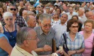 Jubilados riojanos con la mínima tienen $528 de aumento
