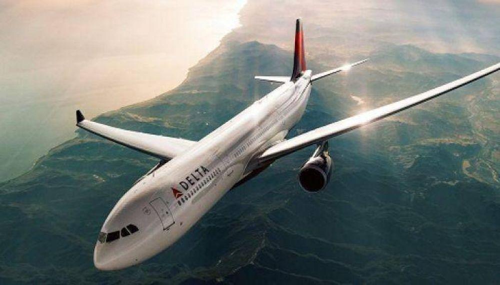 Los trabajadores de Delta Airlines denuncian nuevos casos de antisemitismo en la aerolínea