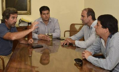 ¿Nueva figura del Ejecutivo?. Issin y Bustillo recibieron a  funcionarios nacionales