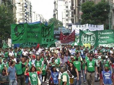 Nueva marcha contra los despidos en el Estado