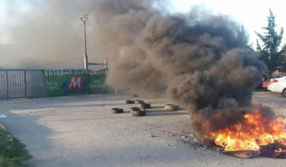 Alimentación paralizó la planta de Molinos Río de la Plata por despidos