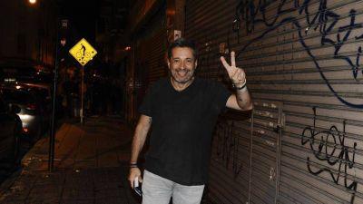 Piden investigar a Víctor Santa María por viajes sospechosos a Panamá