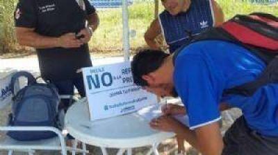 Pilar junta firmas contra la Reforma Previsional