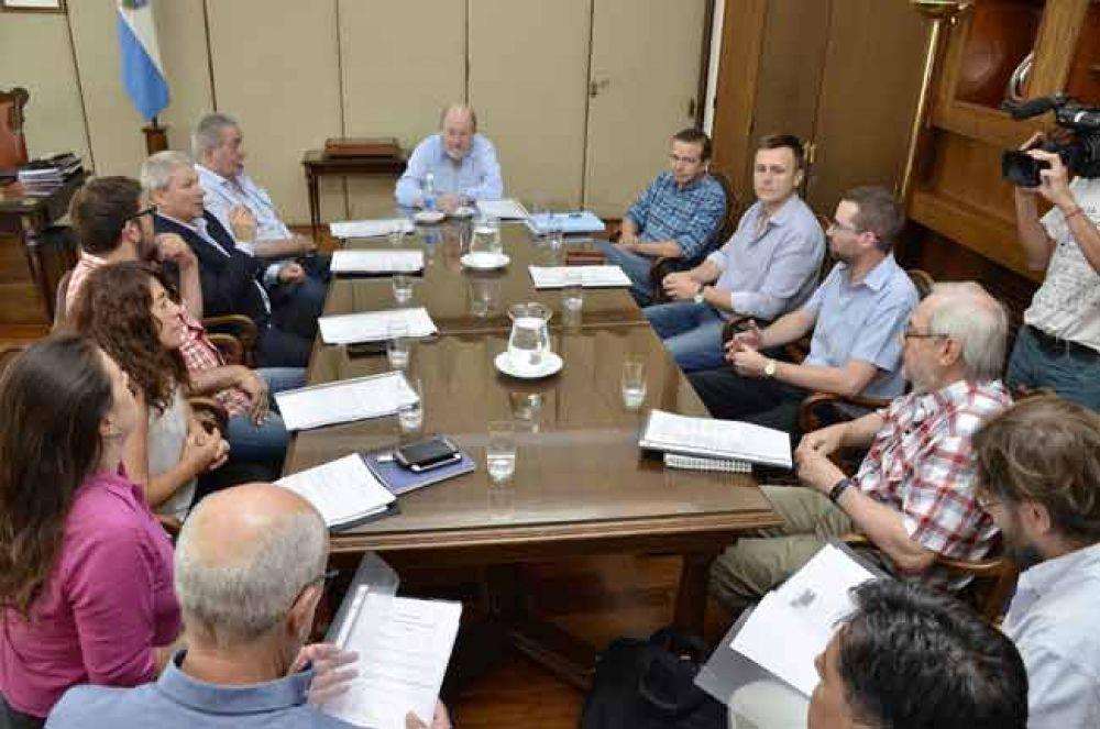 Delegados pampeanos en la CIAI con el gobernador