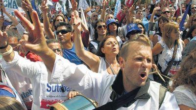 Achicar los sindicatos para agrandar la nación