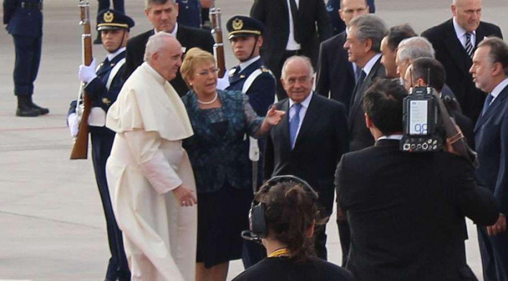El Papa Francisco llegó a Chile