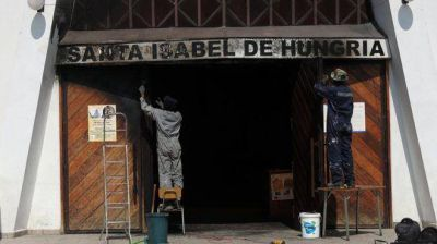 La DAIA repudia ataques a iglesias católicas en Chile
