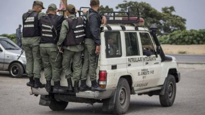 Sangriento tiroteo en un suburbio de Caracas con un grupo antichavista