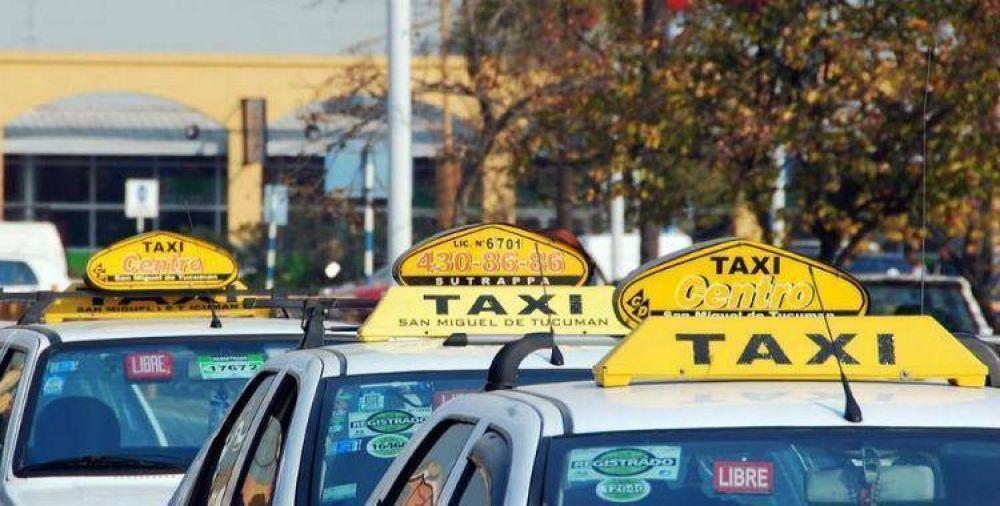 Los taxis amenazan con cortes si no les aumenta la bajada de bandera