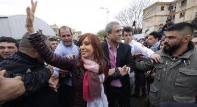 El PJ no encuentra candidato a gobernador y crecen versiones sobre Cristina en la Provincia