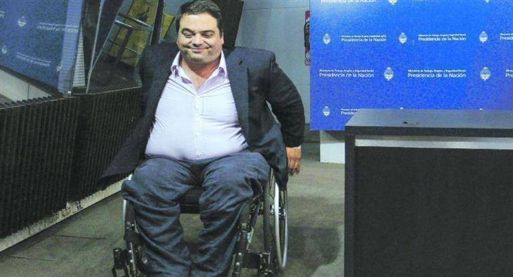 """Triaca: el """"caso Sandra"""" expuso nuevo nepotismo en el SOMU"""