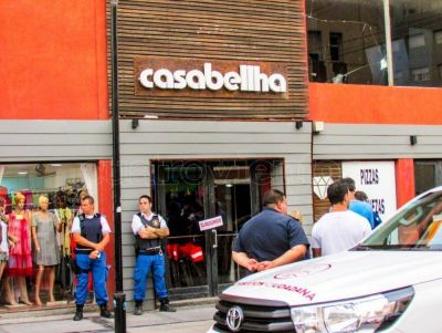 Tras la filtración del video, clausuraron Casabellha