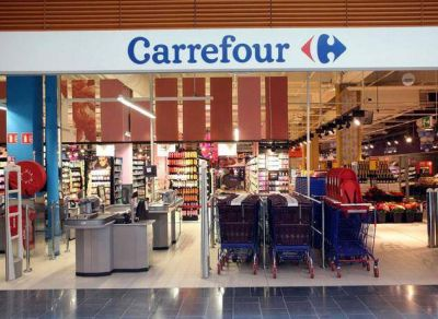 Carrefour enfrenta crisis de ventas y prepara ambicioso plan de transformación